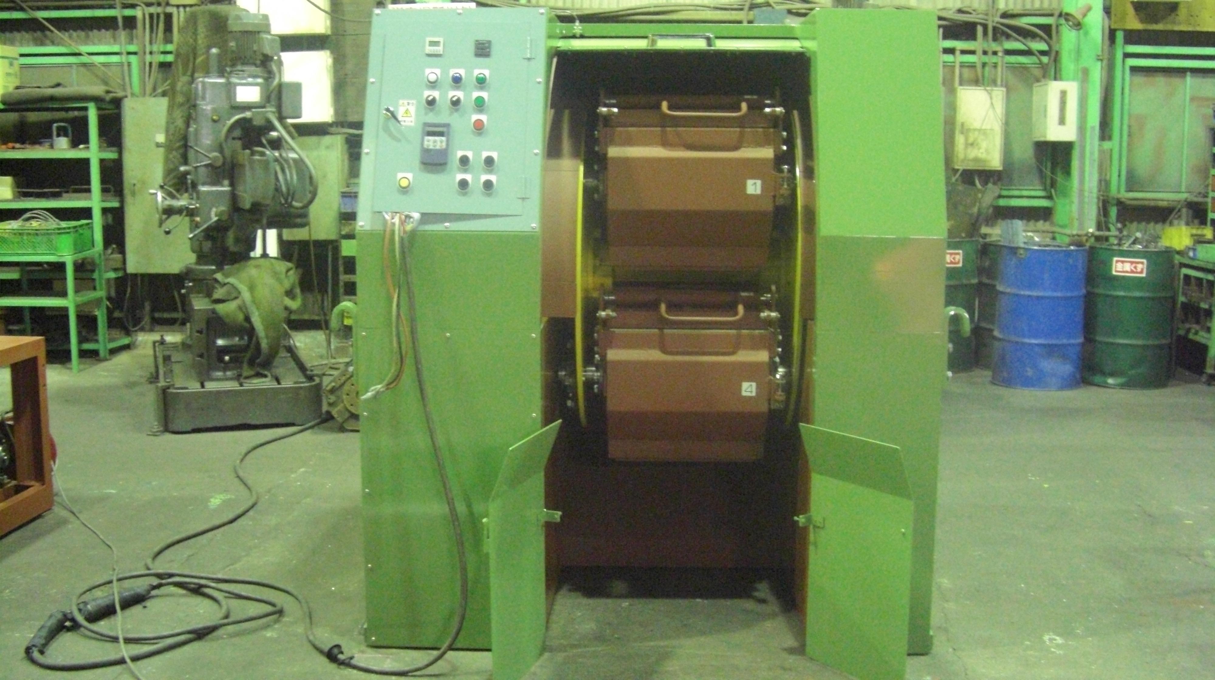 遠心バレル研磨機 TAB-504S 50L×4槽
